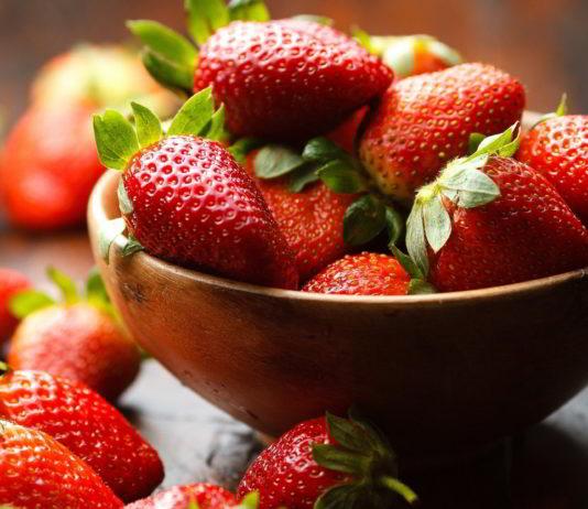 Health Benefits of Strawberries | Benefits of Eating Strawberries